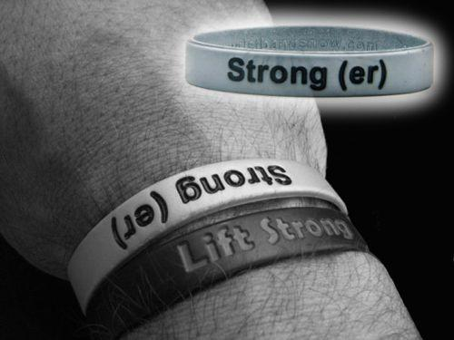 wristband and image from http://Elitefts.com