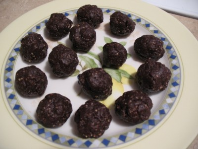 All Natural Dessert Recipe – Brownie Balls